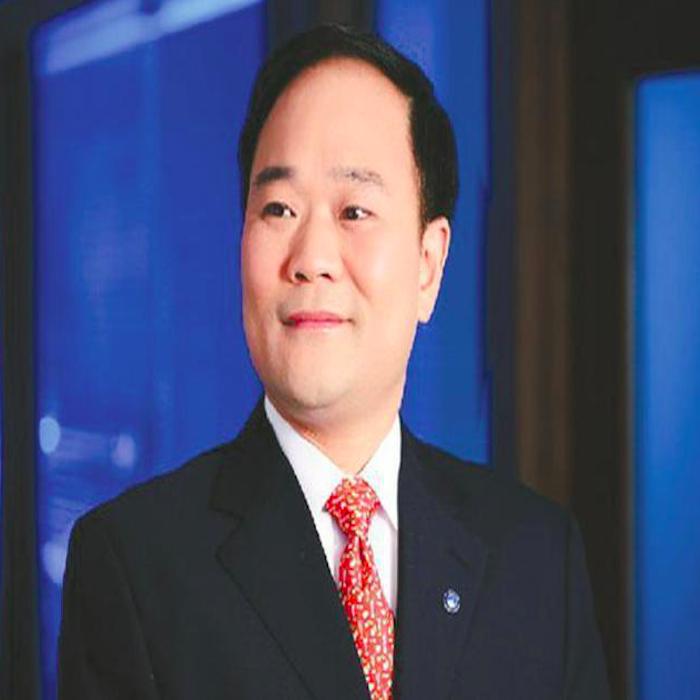 访吉利集团董事长李书福:用梦想铸就辉煌